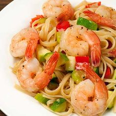 Linguine With Shrimp, Zucchini And Red Pepper
