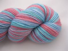 Hand Dyed Sock Yarn    One skein, weighing approximately 100g/3.5oz, with a yardage of about 400m/437 yards.    This colourway reminds me of a beach
