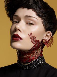 L´official  Photo: Gavin O´neill  Makeup: Elva Ahlbin Hair: Aliina Jun Styling: Kawa H Pour  Model: Sara Von Schrenk/ Elite