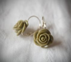 Rose Earrings 0.55 inches (14 mm)