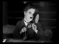 Charlie Chaplin - Gold Rush Rolls Dance (Table Ballet)