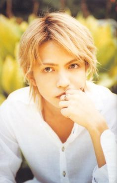 """hyde in """"Moon Child"""" the movie<<He coulod be Day if his hair was longer"""