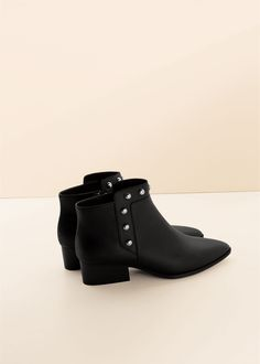 Stud ankle boots | VIOLETA BY MANGO