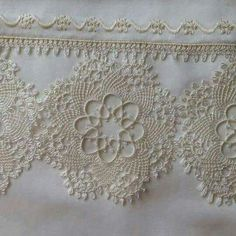 Shrink your URLs and get paid! Needle Lace, Bobbin Lace, Needle And Thread, Knitting Patterns, Crochet Patterns, Linen Towels, Point Lace, Tatting Lace, Irish Lace