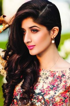 Here's Why Sanam Teri Kasam Actress Mawra Hocane Will Definitely Going To Create Waves in Bollywood!