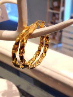 Un clásico.. De plata bañada en oro y fabricados en España!
