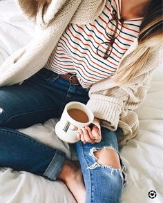 Striped tee, ripped jeans and oversized cardigan - cozy casual outfit