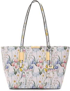 3294eb9d9a5 The Afadollaa shoulder bag from Aldo is great for everyday style. This  versatile handbag is