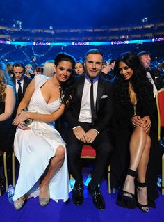 Tulisa Contostavlos, Gary Barlow and Nicole Scherzinger, National Television Awards 2013 National Tv Awards, Celebrity Pictures, Celebrity Style, Louis Walsh, Underrated Artists, Tulisa Contostavlos, Gary Barlow, Classy People, Lauren London