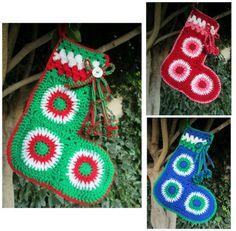 32 ideas crochet granny square star christmas ornament for 2019 Crochet Christmas Stocking Pattern, Crochet Stocking, Crochet Headband Pattern, Crochet Flower Tutorial, Crochet Home, Irish Crochet, Crochet Granny, Crochet Hearts, Crochet Triangle