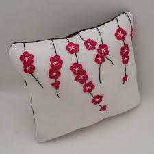 felt cushions ile ilgili görsel sonucu