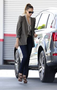 Jessica Alba At a gas station March 14 2012