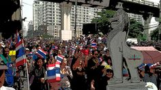 Thai protesters demanding a return to absolute monarchy.