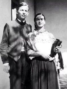Frida Kahlo y Juan O' Gorman.