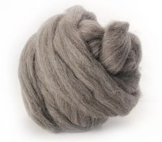 Louet Grey Jacob Wool Top Spinning Fiber Paradise Fibers ~inexpensive, easy to spin for beginners.