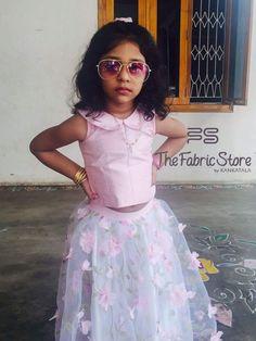 Kids Party Wear Dresses, Wedding Dresses For Kids, Kids Dress Wear, Baby Girl Party Dresses, Kids Gown, Dresses Kids Girl, Kids Saree, Kids Lehenga, Baby Girl Frocks