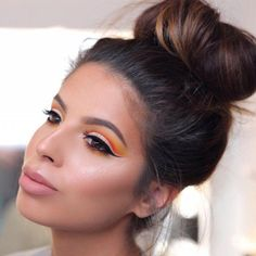 Cut Crease Method | Eyeshadow Tutorials For All Makeup Junkies | Makeup Tips & Hacks
