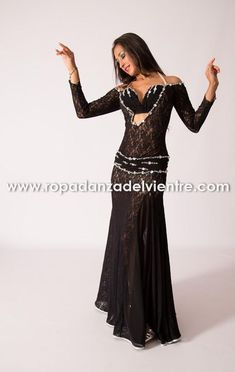 Inspiration for costume Belly Dancer Costumes, Belly Dancers, Dance Costumes, Dance Outfits, Dance Dresses, Dance Oriental, Tribal Fusion, Belly Dance Outfit, Zeina