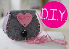 Tutorial fotografico per creare questa borsetta senza cuciture!^_^