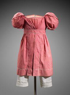 ca. 1825, Kinderkleid aus Baumwolle, USA