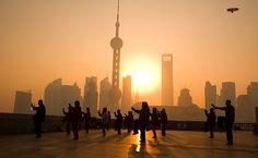 Shanghai Bund Tai Chi at sunrise