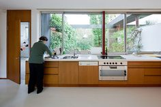 love this house so much. the pescher house by richard neutra, wuppertal germany.