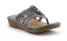 Gorgeous Shoes for a summer vacation! Earth Footwear Gale Spring 2013.    http://www.earthbrands.com/earthfootwear  #WorldofGood #Earthbrands #Ad