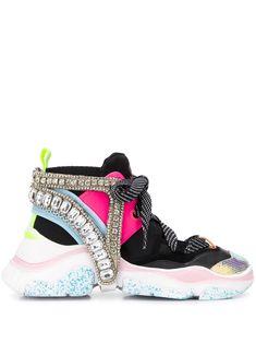 Sophia Webster Tênis Rocket Com Cristais - Farfetch Sapatos Sophia Webster, Sophia Webster Shoes, Harvey Nichols, Neoprene, Low Heels, Designing Women, Designer Shoes, Women Wear, Lace Up