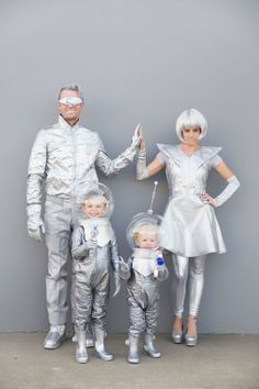 Space Family Costume Tutorial: Go out of this world on your Halloween night by doing silver everything. Add accessories like goggles and space helmets to channel outer space like a pro.