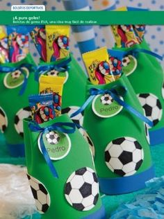 Caramelero deportivos - Goma Eva Soccer Birthday Parties, Boys 1st Birthday Party Ideas, Soccer Party, Sports Party, 1st Boy Birthday, Festa Do Real Madrid, Transformer Birthday, Ideas Para Fiestas, Birthdays
