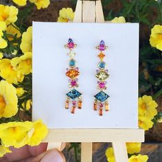 Dancing our way through Tuesday with our #oneofakind Frida earrings...
