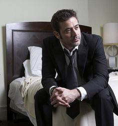 Jeffrey Dean Morgan. yum.  Always be Denny Dequette from Greys anatomy to me. :)