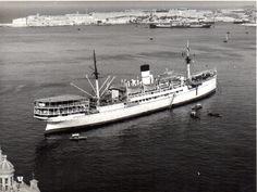 Capital Ship, Malta Island, Navy Ships, Royal Navy, Maltese, Old Photos, Empire, Boat, Black And White