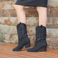Lusaka Süet Siyah Kalın Topuklu Western Bot  #black #suede #heels #boots #western #siyah #süet #topuklu #bot #kovboy Western Boots, Cowboy Boots, Wedges, Booty, Ankle, Shoes, Fashion, Moda, Swag