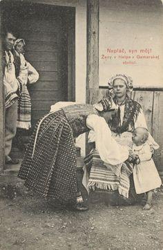 Pavol Socháň: Ženy v Heľpe 1912, Horehronie, Slovakia Folk Costume, Costumes, Costume Dress, Heart Of Europe, Dark Eyes, Vintage Photographs, Vintage Beauty, Traditional Outfits, Nostalgia