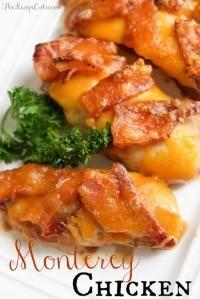 Sweet Monterey Chicken on MyRecipeMagic.com is a family dinner favorite! #chicken #monterey