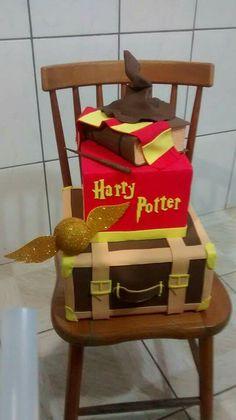Bolo falso, Harry Potter em EVA.