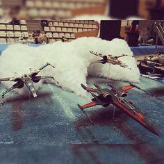 Wow!!! Nice diorama. Unknown modeler and scale #scalemodel #plastimodelismo #miniatura #hobby #starwars #diorama #plastickits #usinadoskits #udk #scifi #ficção #modelismo