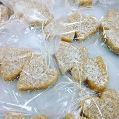 Mmmmmm Lemon coconut meltaways!  #paleo #lemon #coconutflour  #coconutoil #organic #nottoosweet #raw #almondflour #katesplate