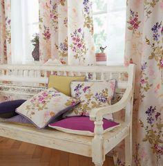 MILLA de Saum und Viebahn | Flores y mariposas. / Flors i papallones. #ontariofabrics