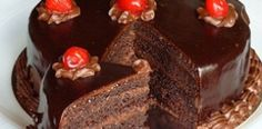 Chocolate and cherries Authentic Mexican Recipes, Mexican Food Recipes, Sweet Recipes, Cake Recipes, Dessert Recipes, Choco Chocolate, Chocolate Cherry Cake, Chocolate Lovers, Food Cakes