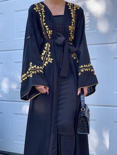 Arab Fashion, Fashion Brand, Korean Fashion, Luxury Fashion, Satin Dresses, Gowns, Modern Abaya, Gold Heels, Abayas