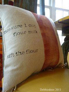Stenciled kitchen pillow ♥