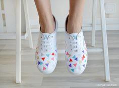 "Zapatillas - Zapatillas pintadas ""Geometric World"" (blanco) - hecho a mano por EsenciaCustome en DaWanda"