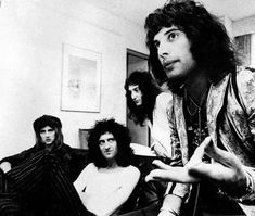 Queen In Japan, April, 1975 Photo by Koh Hasebe