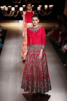 Indian & Pakistani Latest Fashion of Top Designer Fancy Party wear & Stylish Bridal Anarkali Suits for Women Pakistani Couture, Indian Couture, Pakistani Bridal, Indian Bridal Wear, Indian Ethnic Wear, India Fashion, Ethnic Fashion, Latest Fashion, Indian Dresses