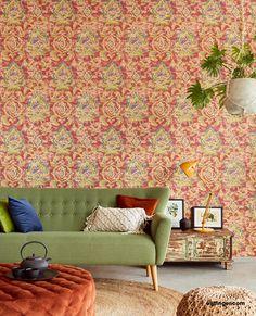 Das verwitterte Ornament, auf textiler Struktur bringt ein Stück orientalischen Flair an die Wände