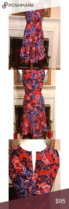 Rebecca Taylor Floral dress perfection. Sz. 4 Rebecca Taylor Floral dress perfection. Sz. 4 Rebecca Taylor dresses are the epitome of everyday femme, this refined silk georgette dress is finished with understated tiered layer at bottom of the dress. You can romanticize it with a strappy sandal  or give it a tomgirl spin with a jean jacket and white sneakers. Back zip closure. #girlmeetsthrift #rebeccataylor #fashion #shopmycloset #fashiononabudget Rebecca Taylor Dresses