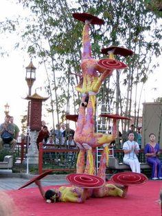 Chinese Acrobats - Disney World Disney Time, Disney Magic, Disney Parks, Walt Disney World, Orlando Parks, Disney Planning, Epcot, Disney Vacations, Palaces