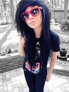 beautiful-drop-dead-emo-emo-punk-girl-Favim.com-259748.jpg (316×422)